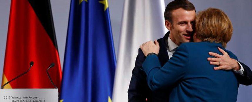 Merkel & Macron mettono un cerotto all'Europa che va in pezzi