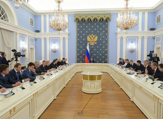 Russia: sia malvagia che super-efficiente
