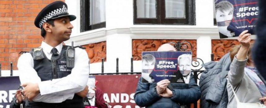 Assange: un nuovo precedente immorale dell'Occidente
