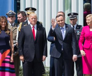 Altri 1.000 soldati: Trump e Duda firmano una dichiarazione per aumentare la presenza americana in Polonia