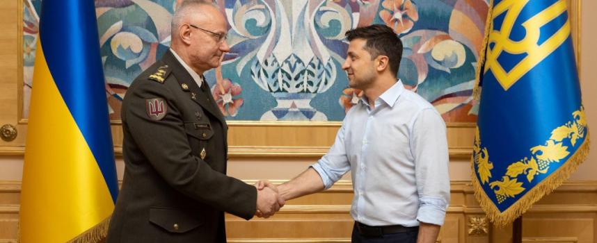 Zelenskyj nomina il generale responsabile del fallimento di Ilovajsk nuovo Capo di Stato Maggiore Generale