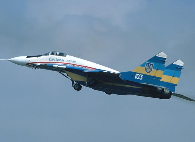 L'adesione alla NATO dell'Ucraina porterebbe il mondo pericolosamente vicino ad una guerra nucleare