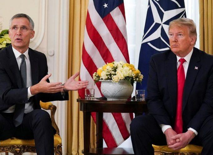 """La Nato è """"clinicamente morta"""""""
