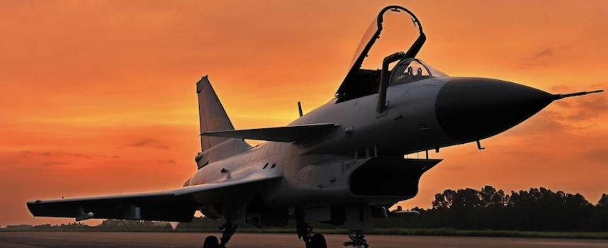 Il miglior jet cinese in offerta: chi comprerà i nuovi caccia J-10C?