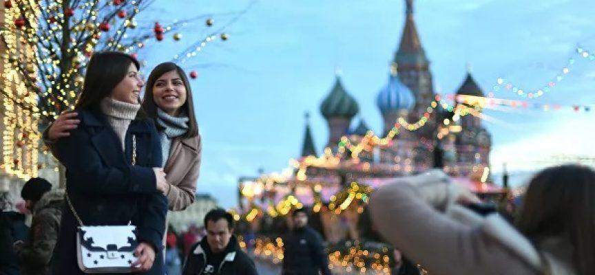 """L'Occidente riassume l'""""anno di Putin"""": cosa può fermare la Russia"""