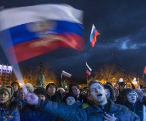 Il Washington Post rompe con i media americani e inglesi e AMMETTE che i sondaggi mostrano che la Crimea preferisce stare parte della Russia