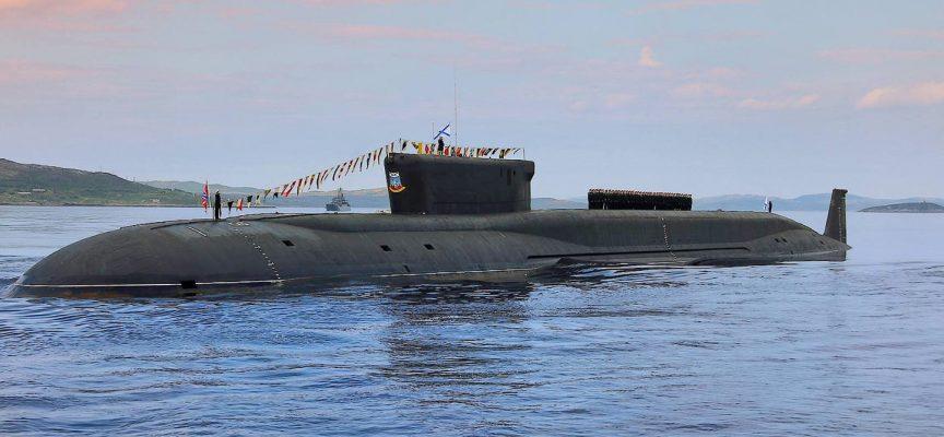 Il sottomarino nucleare lanciamissili Knyaz Vladimir entra in servizio attivo