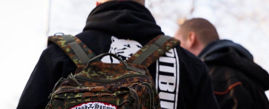 """Sostegno """"civile"""" alla guerra in Donbass"""