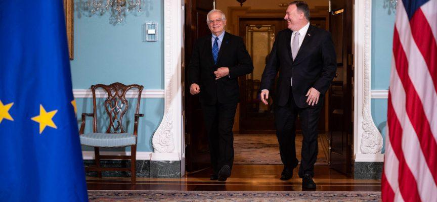 """Il capo della politica estera dell'UE chiede un riavvicinamento con la Russia e la fine del """"sistema a guida statunitense"""""""