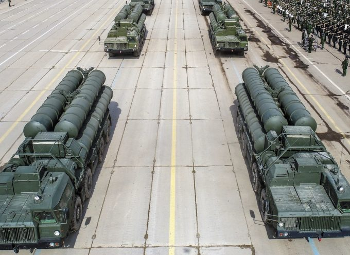 La Russia considera di migliorare il sistema missilistico S-400 con le tecnologie dell'S-500 per affrontare le minacce ipersoniche