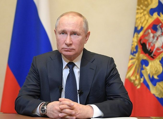 La Russia si assicura la stabilità politica mentre l'Occidente affonda