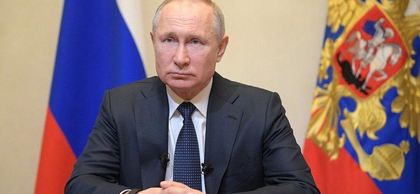 La Russia si assicura la stabilità politica mentre l'Occidente affonda