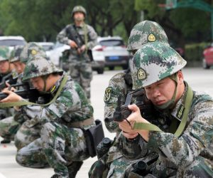 In un mondo post-invasione dell'Iraq, è assolutamente folle credere ciecamente alla narrativa americana sulla Cina