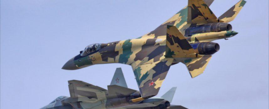 Il Su-57 russo ha capacità di comando e controllo per appoggiare i jet Su-35 in combattimento
