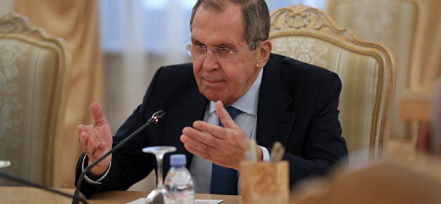 Lavrov ha offerto alla Merkel una scelta fra la Russia e Navalnyj