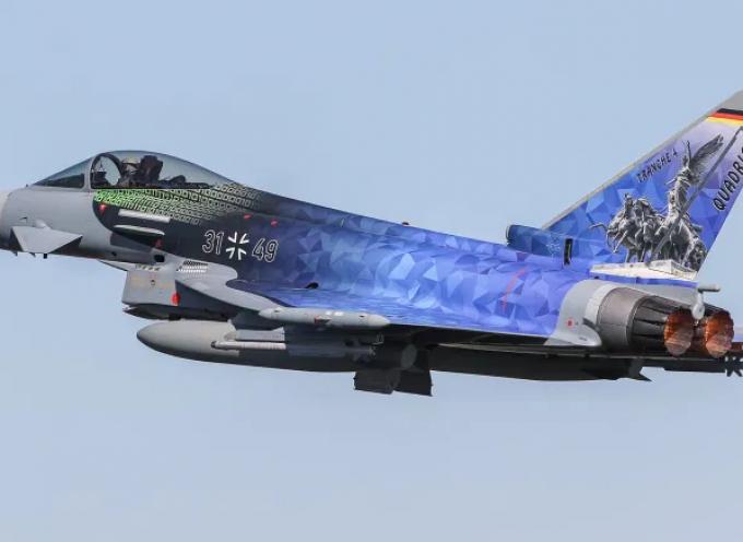 La Germania firma un contratto con Airbus da 6,5 miliardi di dollari per 38 Eurofighter Typhoon