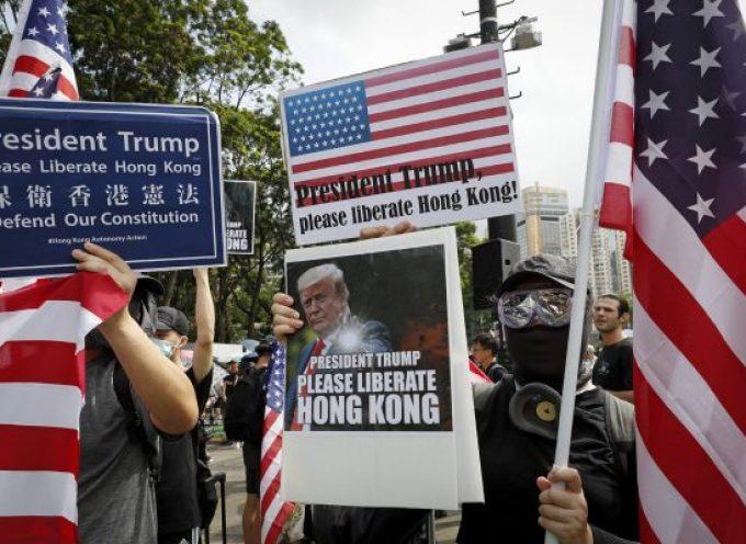 Da utili idioti a semplici idioti: come gli Stati Uniti hanno tradito gli attivisti di Hong Kong