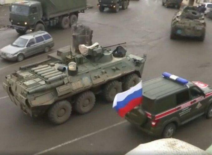Il presidente armeno chiede le dimissioni del governo, mentre l'Azerbaijan arriva a Lachin sotto la supervisione russa