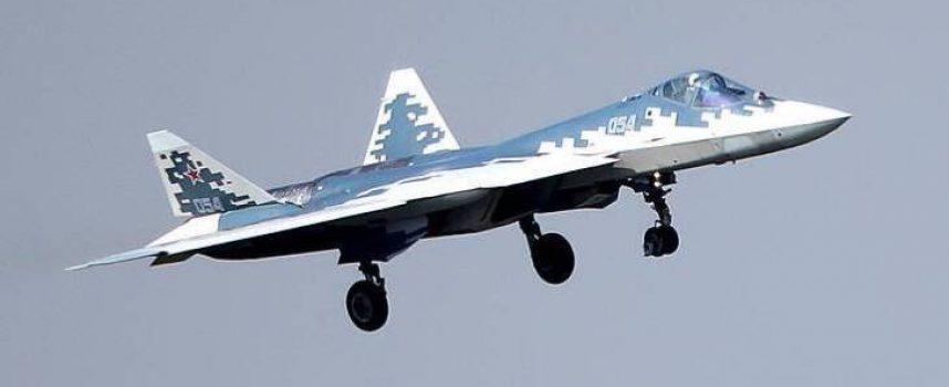 """La Russia schiererà il Su-57 con un nuovo motore dal 2022: il futuro """"Saturn 30"""" sarà il motore per caccia più potente di sempre"""
