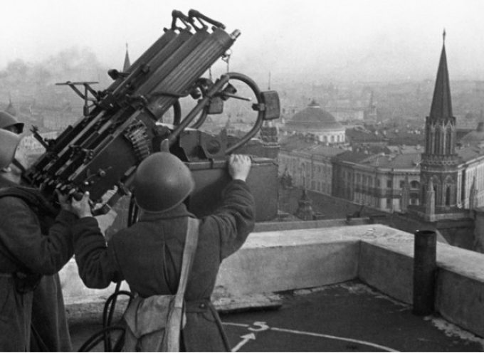 Cosa pianificarono di fare i Sovietici se i Nazisti avessero catturato Mosca nel 1941?