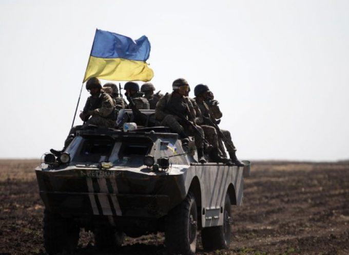 Sembra che l'Ucraina si stia preparando ad un nuovo conflitto con il Donbass col sostegno turco