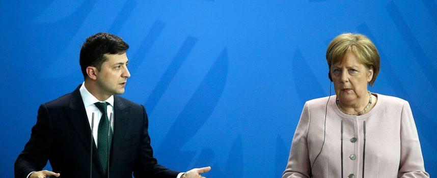 La campagna di Zelensky contro la Merkel appoggiata da Washington