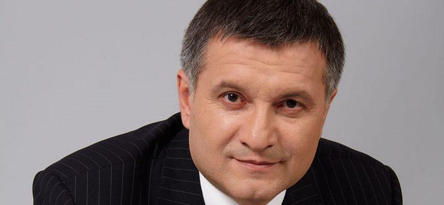 Si dimette il ministro degli Interni ucraino con stretti legami con l'estrema destra