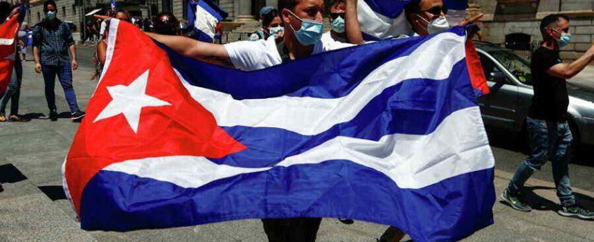 Non ci sono proteste a Cuba, ci sono rivolte sollevate da agenti degli Stati Uniti