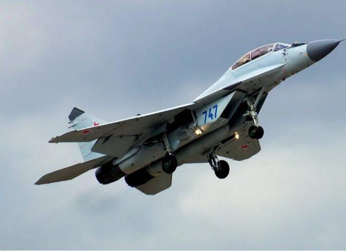 Il MiG-35 russo competerà con l'HAL Tejas indiano e il JF-17 pakistano per il contratto del caccia malese
