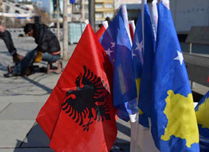 Intorno al Kosovo è iniziato il gioco dell'esasperazione